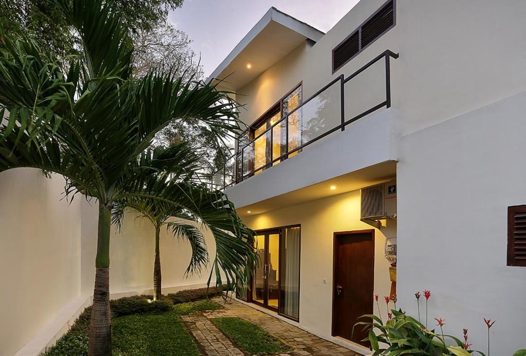 Facade villa m gfa villa along the waterside the facades - Villa moderne apartments valparaiso in ...